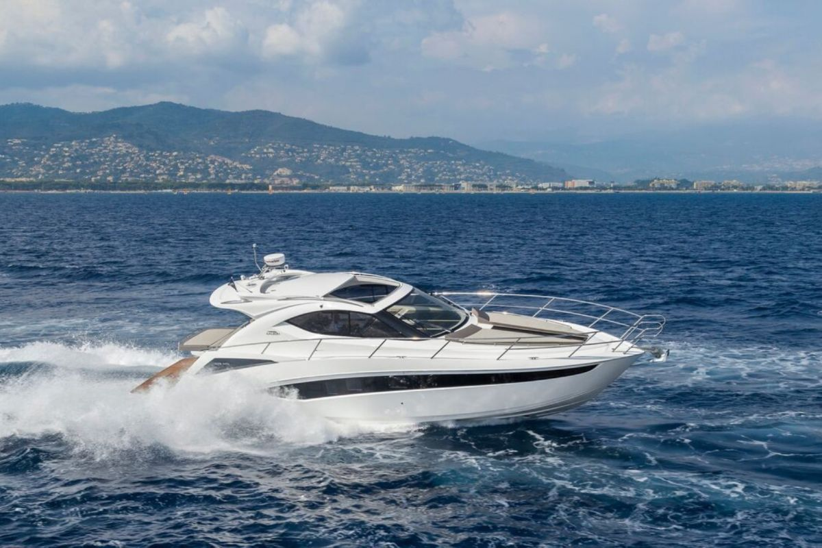 https://www.talamare.com/medias/GALEON 405 YACHT FOR CHARTER