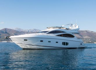 SUNSEEKER MANHATTAN 70 YACHT FOR  CHARTER