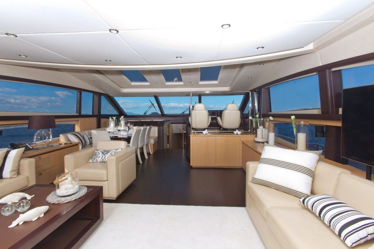 https://www.talamare.com/medias/INTERIOR FORWARD VIEW
