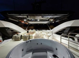 SUNSEEKER 88FLYBRIDGE