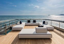 Riva 110 Dolcevita yacht rental French Riviera - flybridge