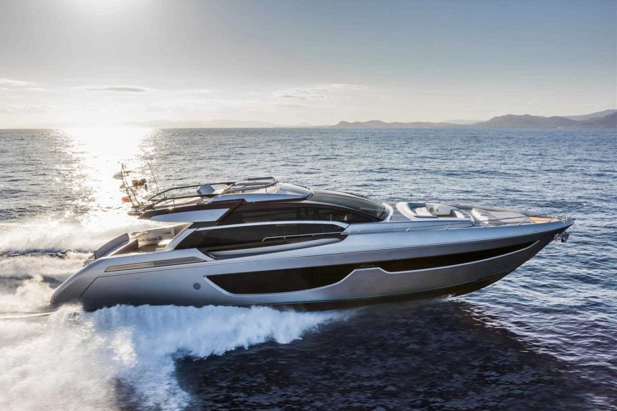 RIVA 76 PERSEO YACHT FOR CHARTER