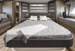 Ferretti 650 - master cabin
