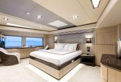 Gulf Craft Majesty 100 - master cabin