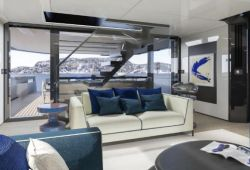 Arcadia 105 yacht rental French Riviera - salon