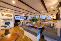 Sunreef 70 catamaran rental Sardinia - salon