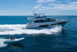 Sunseeker Manhattan 66 yacht for charter French Riviera - cruising in the south of France