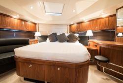 Sunseeker Manhattan 70 - master cabin