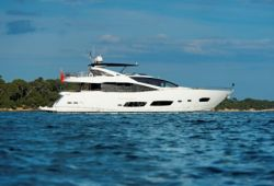Sunseeker 28m yacht for charter French Riviera - cruising in the south of France