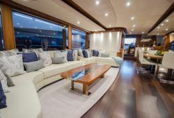 Sunseeker 28m yacht rental French Riviera - salon