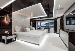 Sunseeker 131 - master cabin