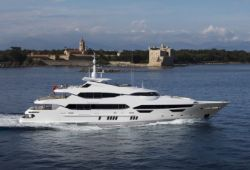 Sunseeker 155 yacht for charter French Riviera - cruising in the south of France