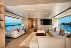 Sanlorenzo SX88 yacht rental French Riviera - salon