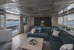 Sanlorenzo SL96 yacht rental French Riviera - salon