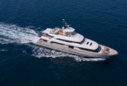 Sanlorenzo SD112 yacht for charter French Riviera - cruising in the south of France