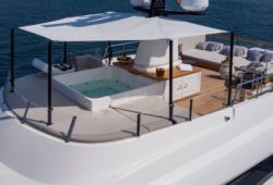 Sanlorenzo SD112 boat for charter French Riviera - sundeck