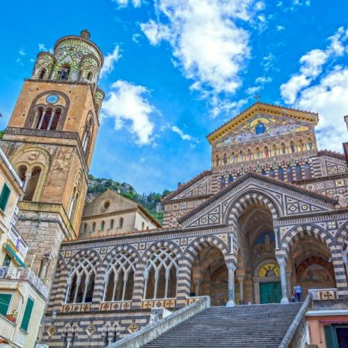 The dome of Amalfi dedicated to the apostle Andrew and the Piazza del Duomo