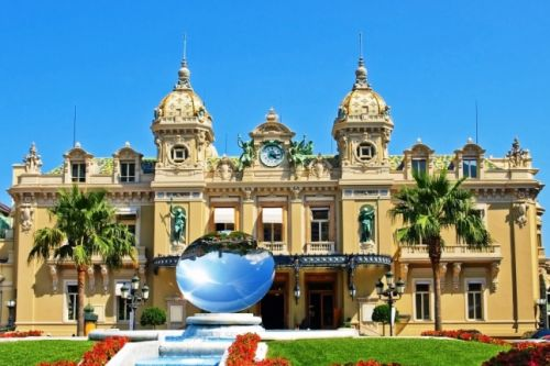 The superb Belle Epoque building of the Casino de Monaco on a beautiful sunny day