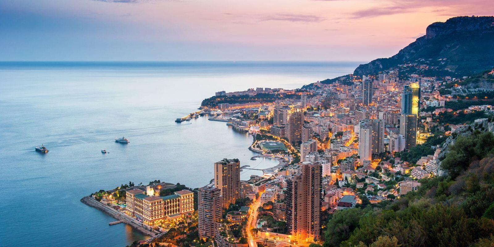 https://www.talamare.com/medias/Aerial view of Monaco by night