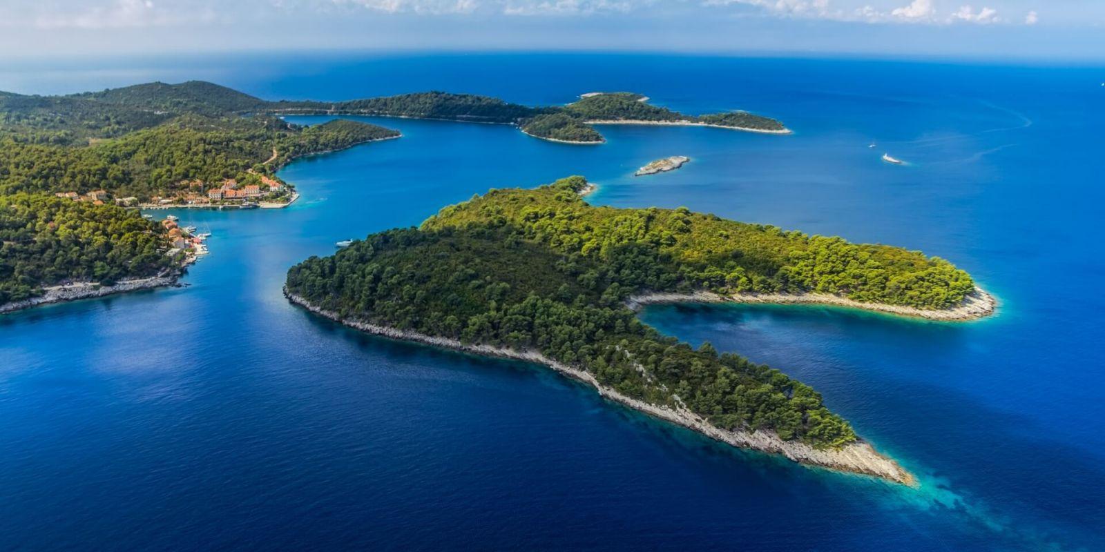 https://www.talamare.com/medias/View of Mljet National Park near Dubrovnik during a Croatia yacht charter