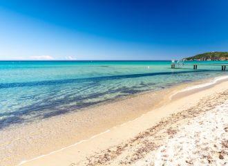 Yacht charter St Tropez Ramatuelle Pampelonne beach, yacht rental St Tropez beach
