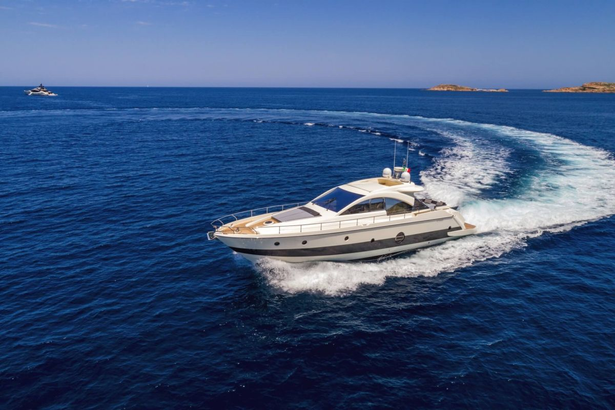 AICON 62SL YACHT FOR CHARTER