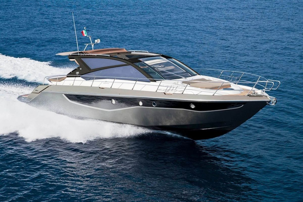 CRANCHI 60 ST YACHT FOR CHARTER