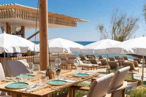 Lunch at La Serena beach club restaurant in St Tropez