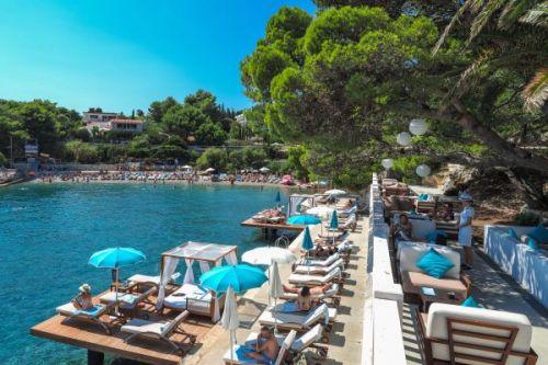 Bonj Les Bains Mediterranean restaurant beach club in Hvar in Croatia