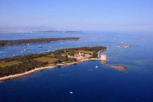 Panoramic view of the Lérins islands in the bay of Cannes