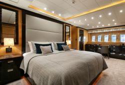 Mangusta 108 - master cabin