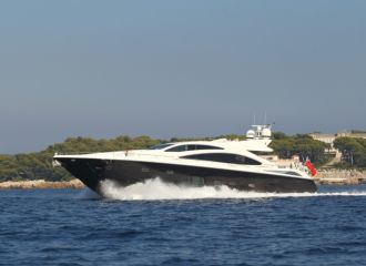 SUNSEEKER PREDATOR 84 FOR CHARTER