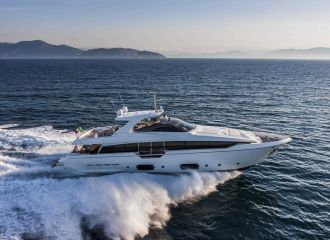 FERRETTI 960 YACHT FOR CHARTER