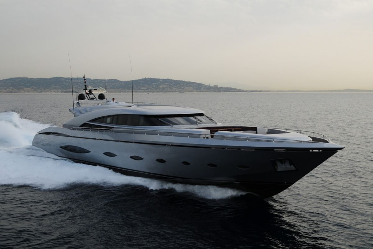 https://www.talamare.com/medias/AB140 YACHT FOR CHARTER