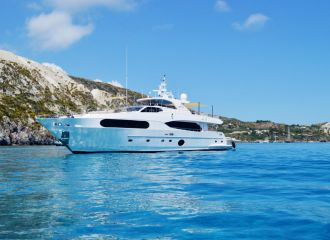 MAJESTY 105 YACHT FOR CHARTER