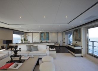 MAIN DECK SALON